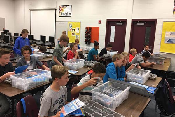 Centennial Receives New Robotics Equipment Provo City School District